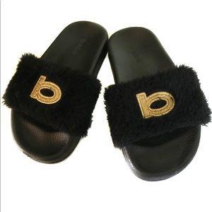 Black & Gold Faux Fur Slide - kids bebe girls